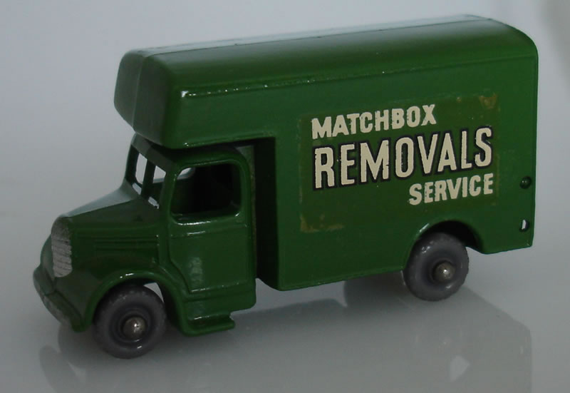 17B4 Bedford Removals Van