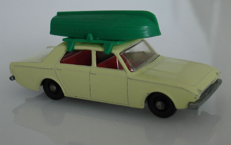 45B2 Ford Corsair with Boat