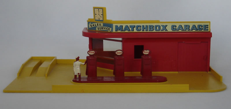 Matchbox MG1A1 Garage